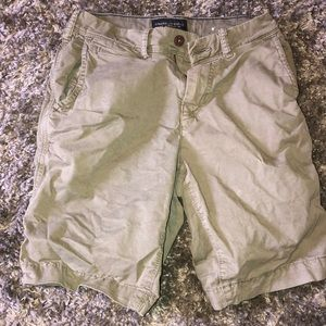 Hunter Green American eagle cargo shorts waist 26